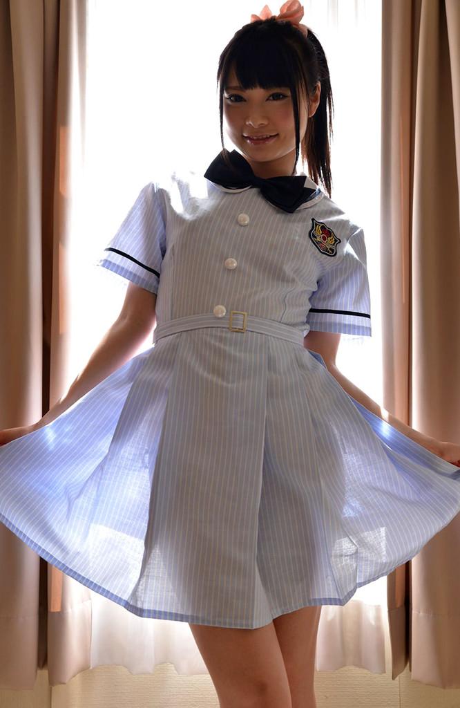 乃木坂みたいな制服で、下乳とか、パンチラとか~ なつめ愛莉