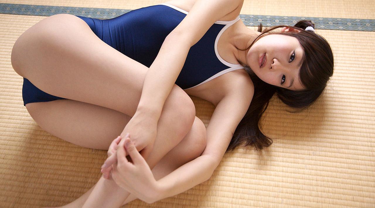 結城佳奈ちゃんが、スク水で色々なポーズしてくれてる、ので、今日は幸せ。